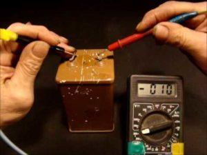 Как проверить рабочий ли конденсатор?