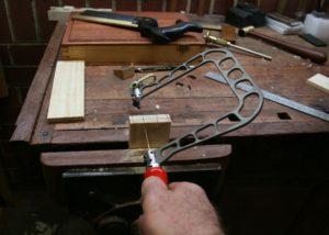 Как сделать ручной лобзик своими руками