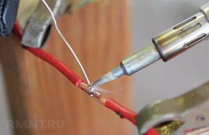 Как правильно паять провода?