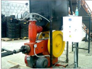 Ударно механический пресс для производства топливных брикетов