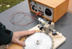 Самодельный заточной станок для дисковых пил