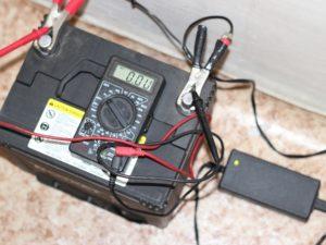 Может ли зарядное устройство испортить аккумулятор?