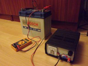 Нужно ли подзаряжать необслуживаемый аккумулятор?