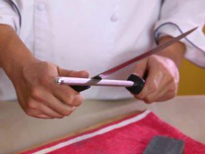Как правильно мусатить нож для обвалки