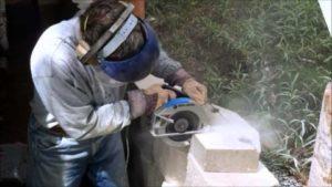 Можно ли болгаркой резать бетон?