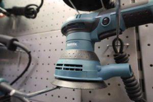 Какая шлифовальная машинка лучше эксцентриковая или вибрационная?