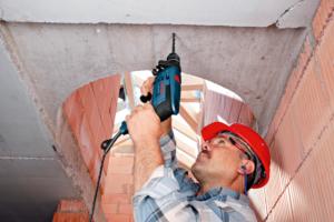 Можно ли ударной дрелью сверлить бетон?
