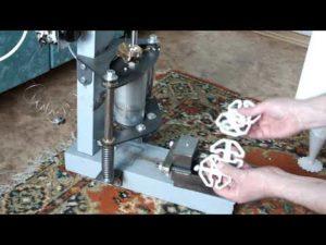 Станок для литья пластмасс своими руками