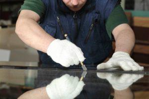 Можно ли резать закаленное стекло?