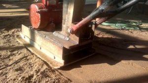 Самодельная трамбовка для уплотнения грунта
