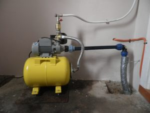 Почему насосная станция не закачивает воду?