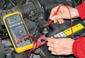Может ли стартер разряжать аккумулятор?