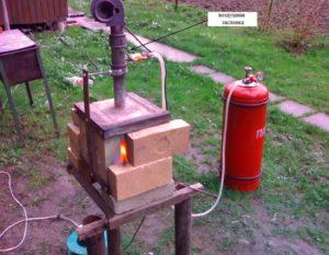 Самодельный газовый горн для ковки