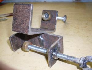 Как сделать струбцину из металла своими руками