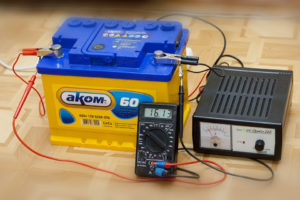 Можно ли прерывать зарядку автомобильного аккумулятора?