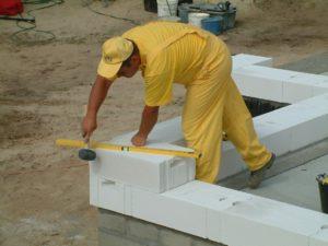 Укладка газосиликатных блоков своими руками