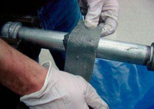 Как убрать холодную сварку с металла?