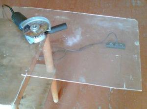 Чем лучше резать оргстекло в домашних условиях