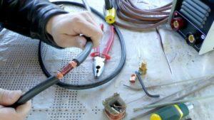 Можно ли удлинить сварочный кабель на инверторе?